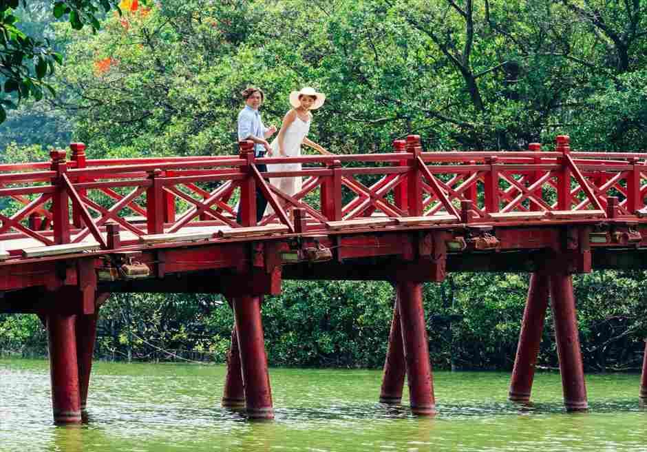 ホアンキエム湖 ハノイ前撮り ハノイフォトウェディング